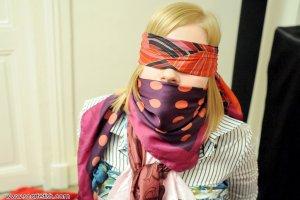 Spontaneous Bondage Play Ideas- A Submissive's Initiative